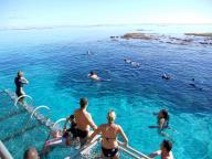 Le Ponton : des loisirs nautiques et un restaurant flottant